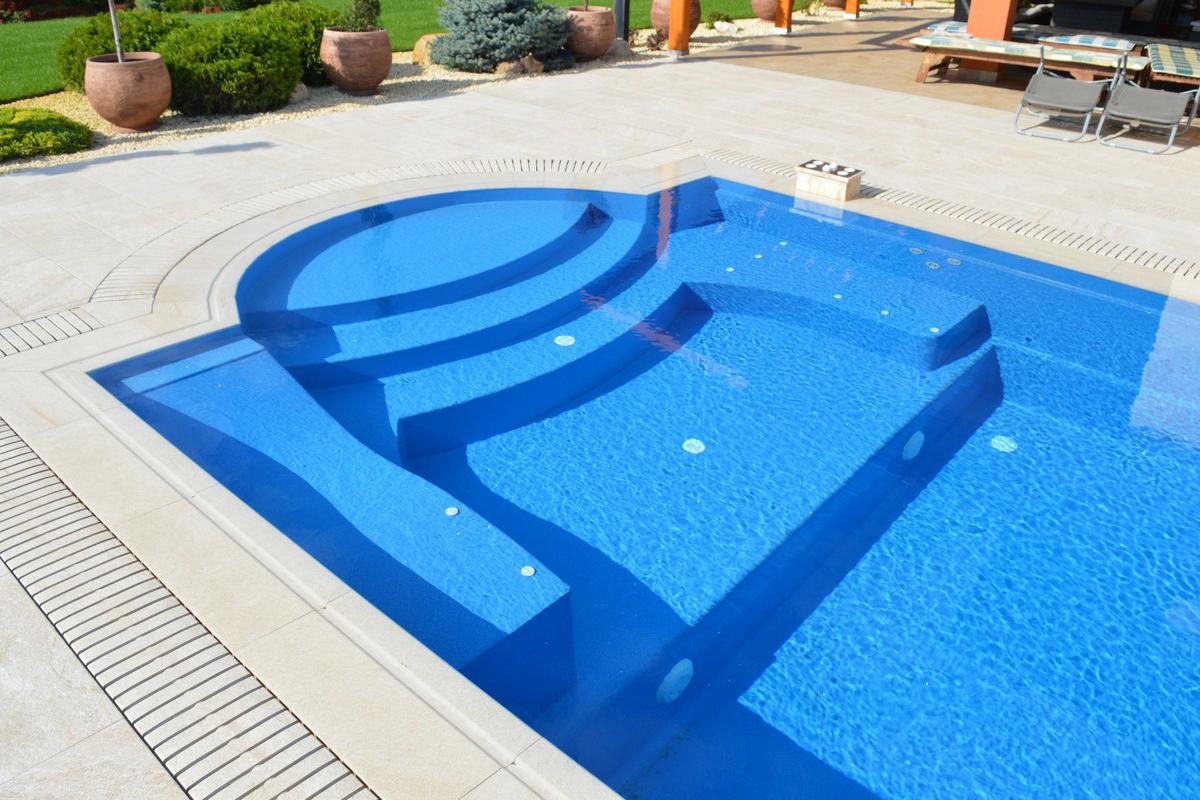 Pool Genova